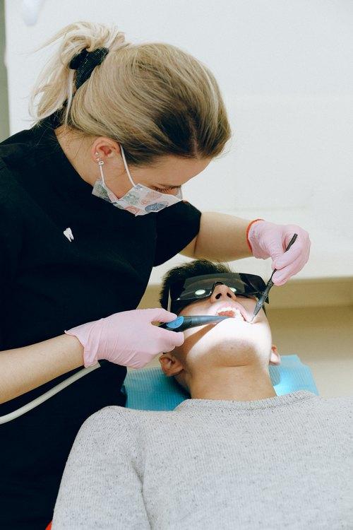 MDS Dental Ceramic Veneers